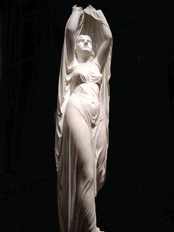 statueveil