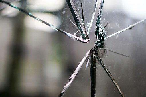 glassbroken